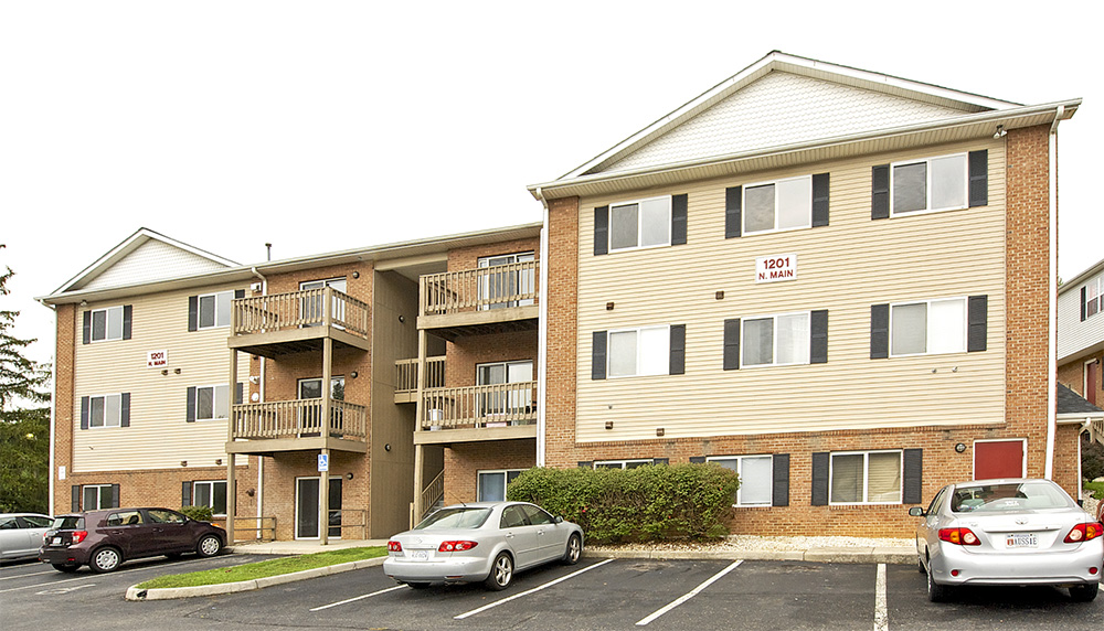 Bcr property management blacksburg One bedroom apartments in blacksburg va