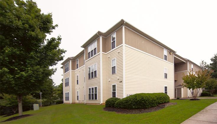 Hunters Ridge Condominiums Living Unit
