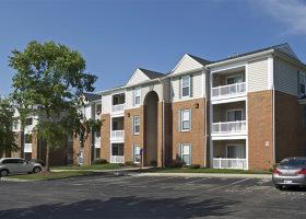 Knollwood Condominium complex