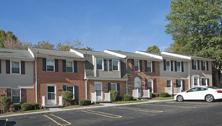 Carriage Square Townhouses New River Valley Apartments
